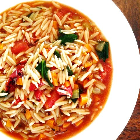 Vegan Vegetable and Orzo Soup - A hearty and colorful soup loaded with orzo pasta and veggies. Ready in under 30 minutes! | thiswifecooks.com #vegansouprecipes #30minutemeals #orzorecipes #plantbasedsoup #thiswifecooksrecipes via @thiswifecooks