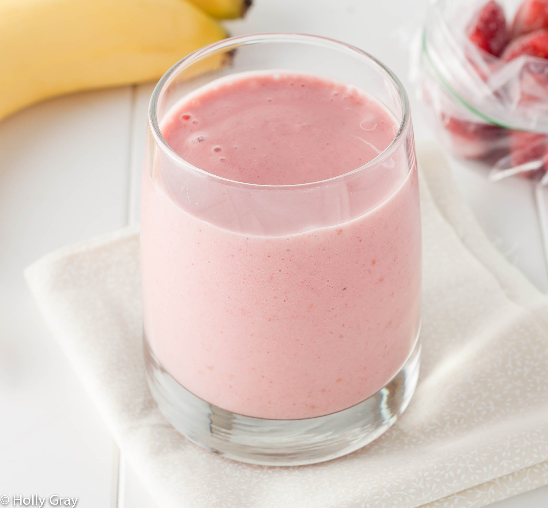 Dairy-Free Strawberry and Banana Smoothie