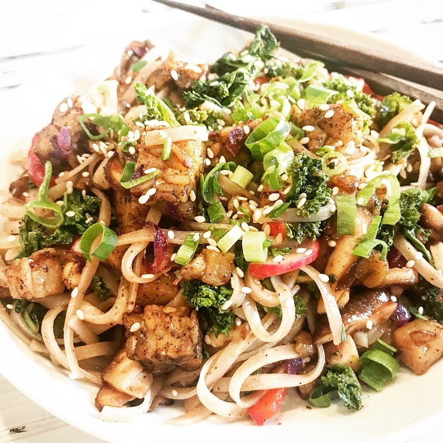 Roasted Tempeh & Vegetable Linguine Bowl - Roasted tempeh and turnips, shiitakes and red bell peppers, scallions, cabbage, kale, and radishes... all tossed together in a spicy sriracha hoisin sauce. via @thiswifecooks