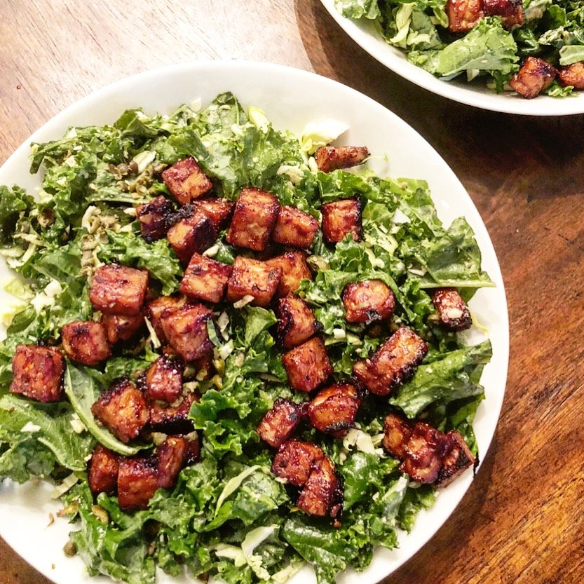 Vegan BBQ Tempeh Caesar Salad - Kick up your Salad Night with this quick & easy, smoky BBQ twist on the classic Caesar salad. via @thiswifecooks