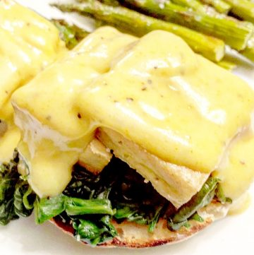 Vegan Tofu Benedict Florentine with Hollandaise Sauce - you're looking to seriously up your vegan brunch game or take your breakfast-for-dinner night to a whole other level, this is how it's done.