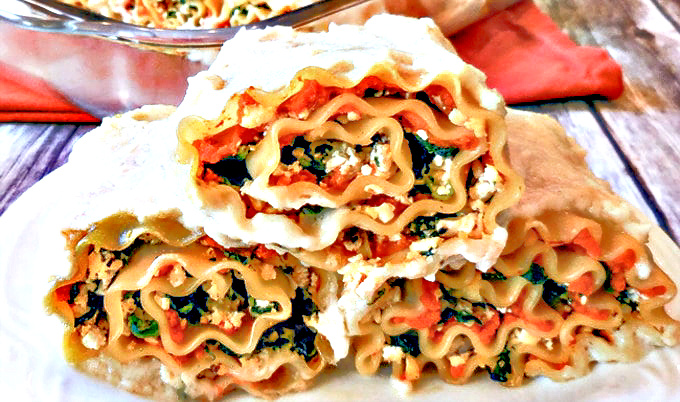 Vegan Pumpkin Lasagna Rollups | Enjoy autumn's most popular squash with a delicious and seasonal spin on layered lasagna. via @thiswifecooks