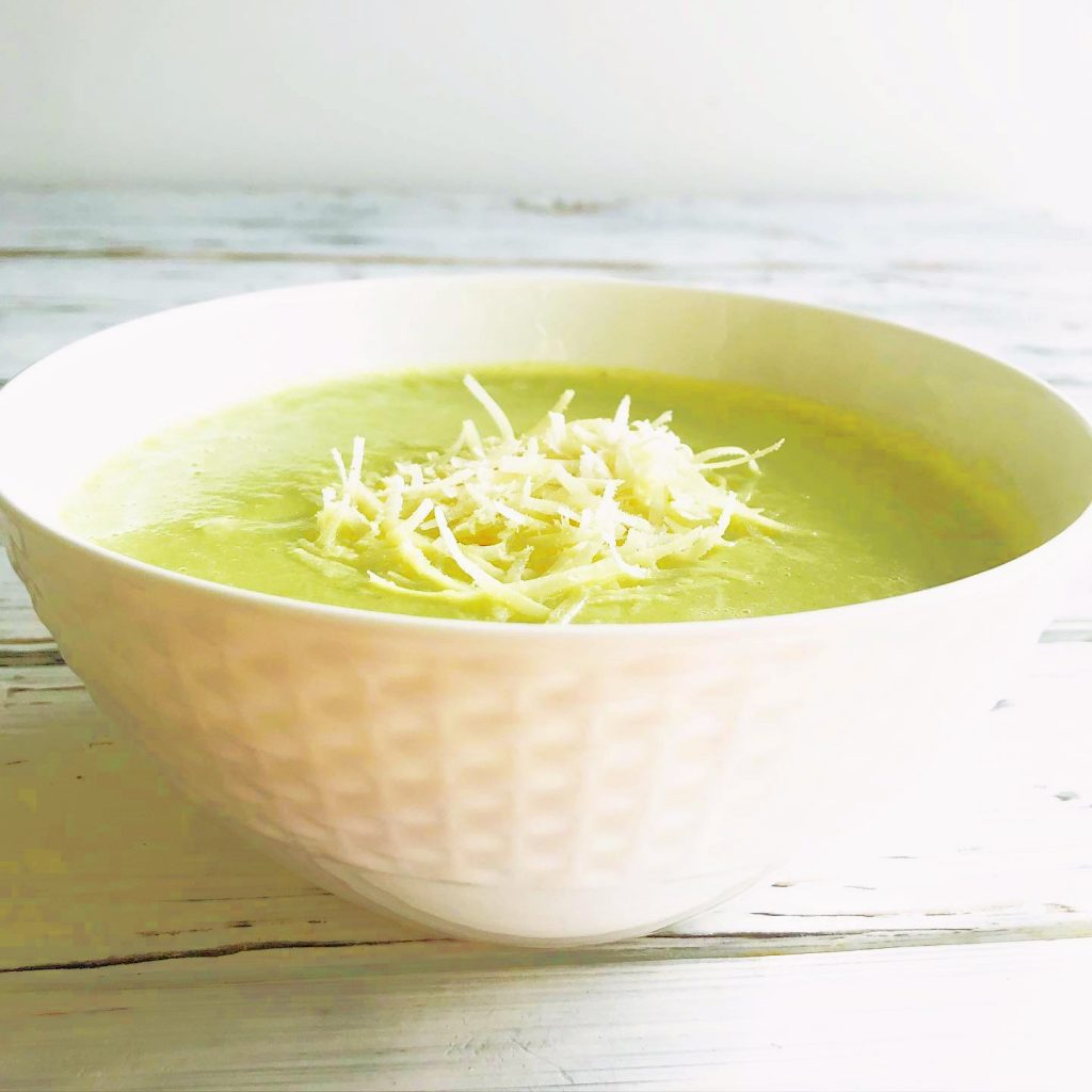 Vegan Broccoli and Parmesan Soup - Quick and easy - Creamy without feeling heavy - Packed with good-for-you ingredients - Ready to serve in 30 minutes or less!