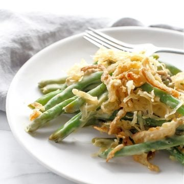 Green Bean Casserole ~ This traditional Thanksgiving casserole is made with all plant-based ingredients and it's everything you love about the classic!