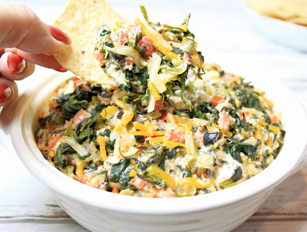 Tex-Mex Spinach Dip ~ This warm spinach dip is a kicked up version of the classic appetizer and party food!