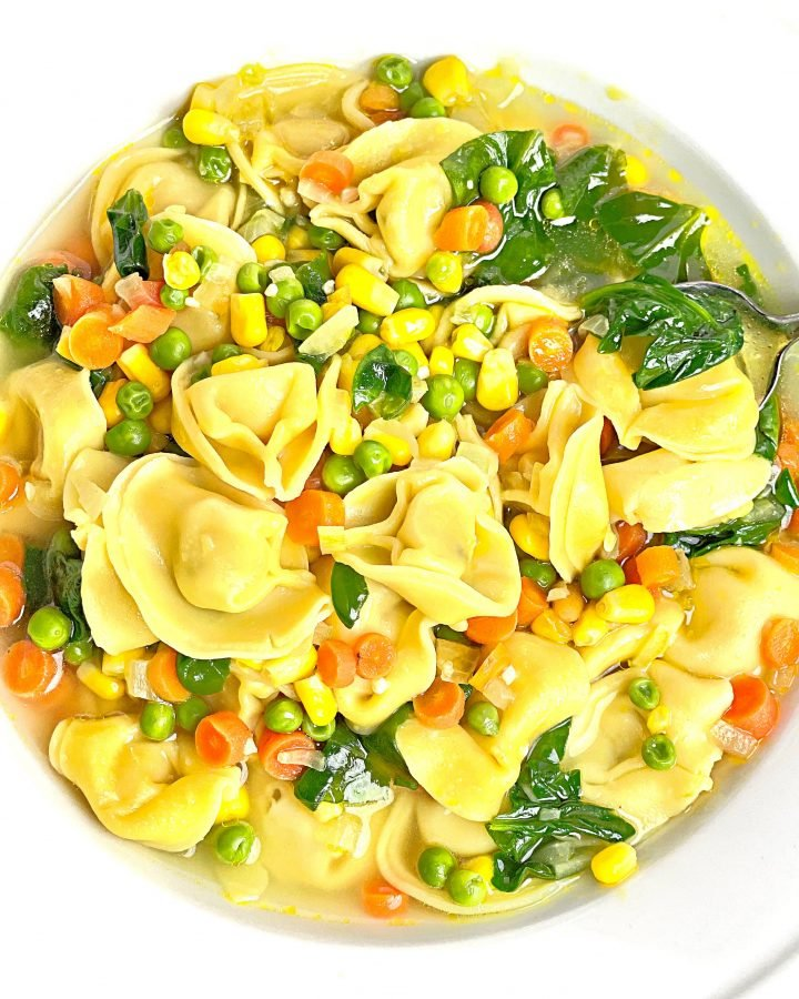 Vegan Tortellini Soup ~ Simple and satisfying; ready in under 30 minutes! A hearty and delicious meal the whole family will love!