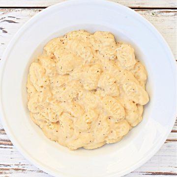 gnocchi inn dairy-free cheese sauce